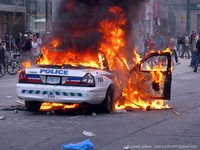 burningCopCar (17K)